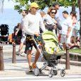 Guilhermina Guinle e o marido curtiram em familia o dia dos pais, neste domingo, 10 de agosto de 2014