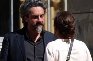 Novela 'Império': chantageado, José Alfredo tenta estrangular Cora
