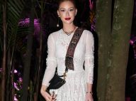 ad08f27110c Marina Ruy Barbosa aposta em look de renda para lançamento da Dior. Fotos!