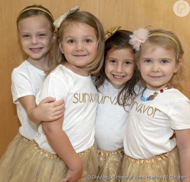 Chloe, Lauren, McKinley e Avalynn comemoram a cura do câncer após três anos de tratamento