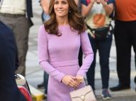 Kate Middleton repete look lilás grifado em evento com príncipe William