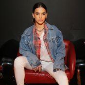 Sobreposição, jeans e couro: Marquezine multiplica looks com 7 peças em evento