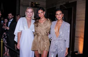 Muito brilho nos looks das famosas na festa de 30 anos da Le Lis Blanc