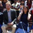 Meghan Markle visitou uma escola de ensino médio para meninas com o marido, Príncipe Harry