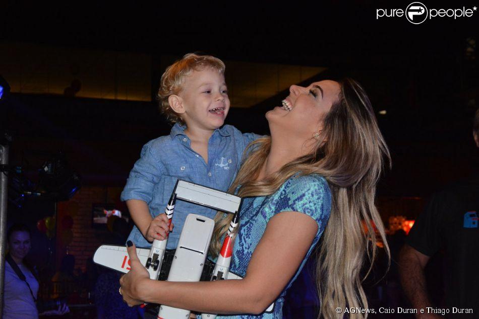 Davi Lucca, filho de Neymar com a modelo Carol Dantas, comemora aniversário de 3 anos em São Paulo, neste domingo, 24 de agosto de 2014