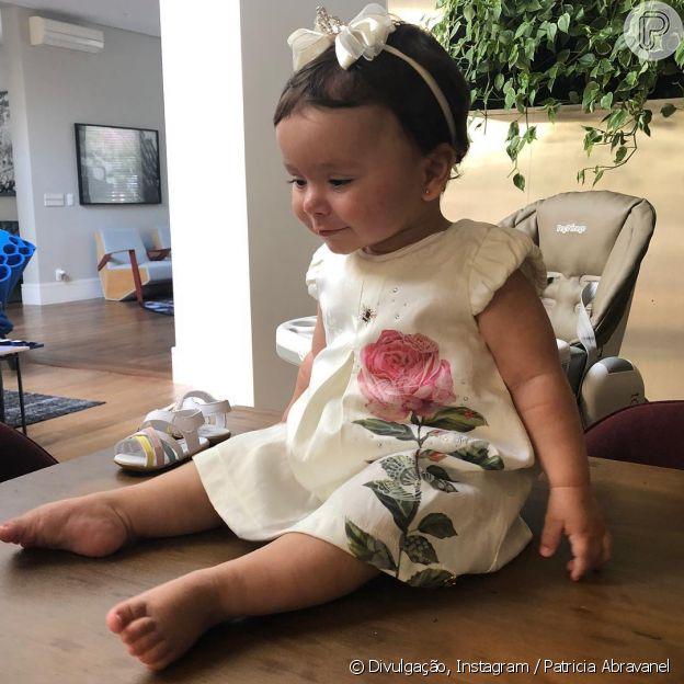Patricia Abravanel compartilhou foto da filha, Jane, de 9 meses, no Instagram