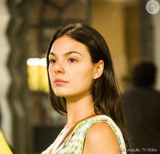Sandra (Isis Valverde) leva um tiro na boate, em 'Boogie Oogie', em 1º de setembro de 2014