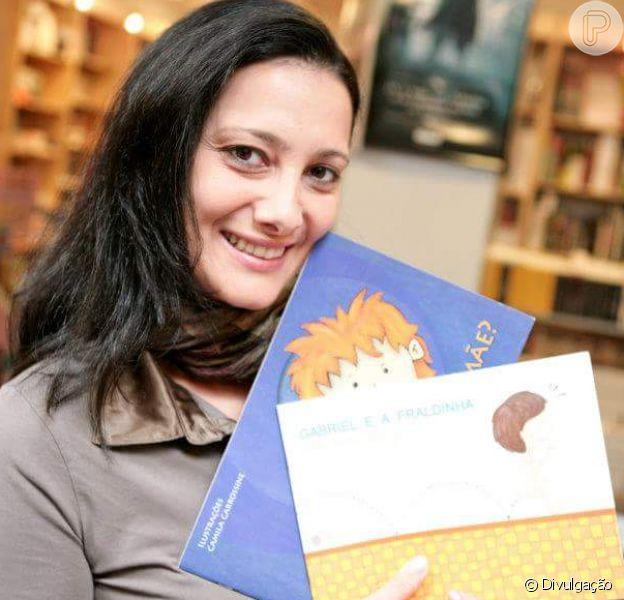 Após câncer de mama, jornalista cria livro sobre reação do filho à mastectomia, como conta em entrevista ao Purepeople nesta sexta-feira, dia 25 de outubro de 2018