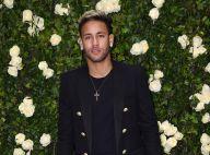 Neymar, solteiro após término de Marquezine, vai a show de Thiaguinho com amigos