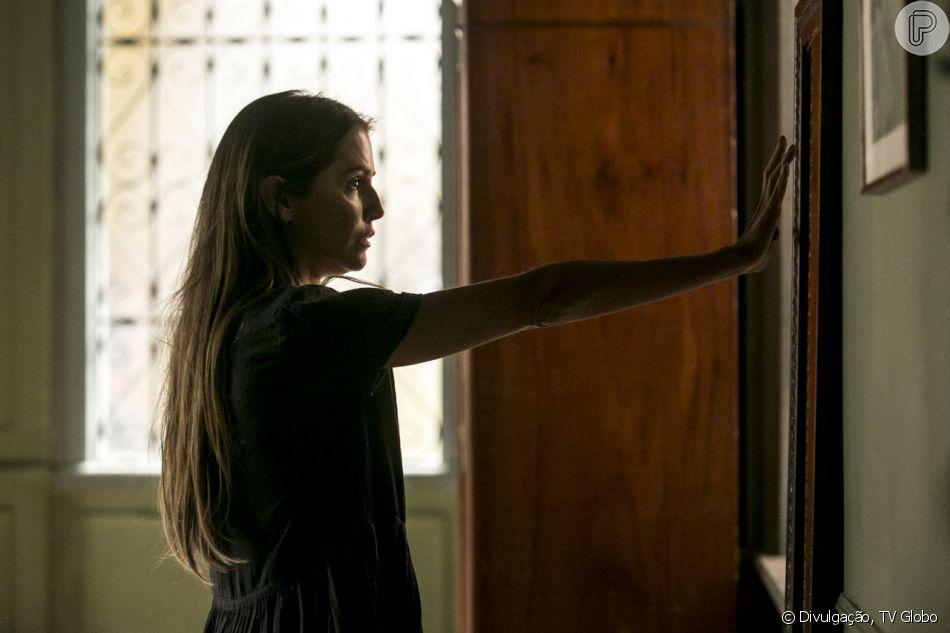 Em 'Segundo Sol', Karola (Deborah Secco) mente sobre o esconderijo de Laureta (Adriana Esteves)