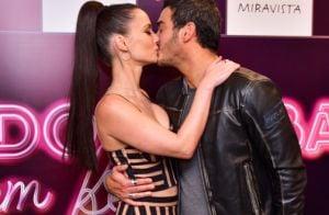 Marcos Veras e Rosanne Mulholland trocam beijos em lançamento de filme. Fotos!