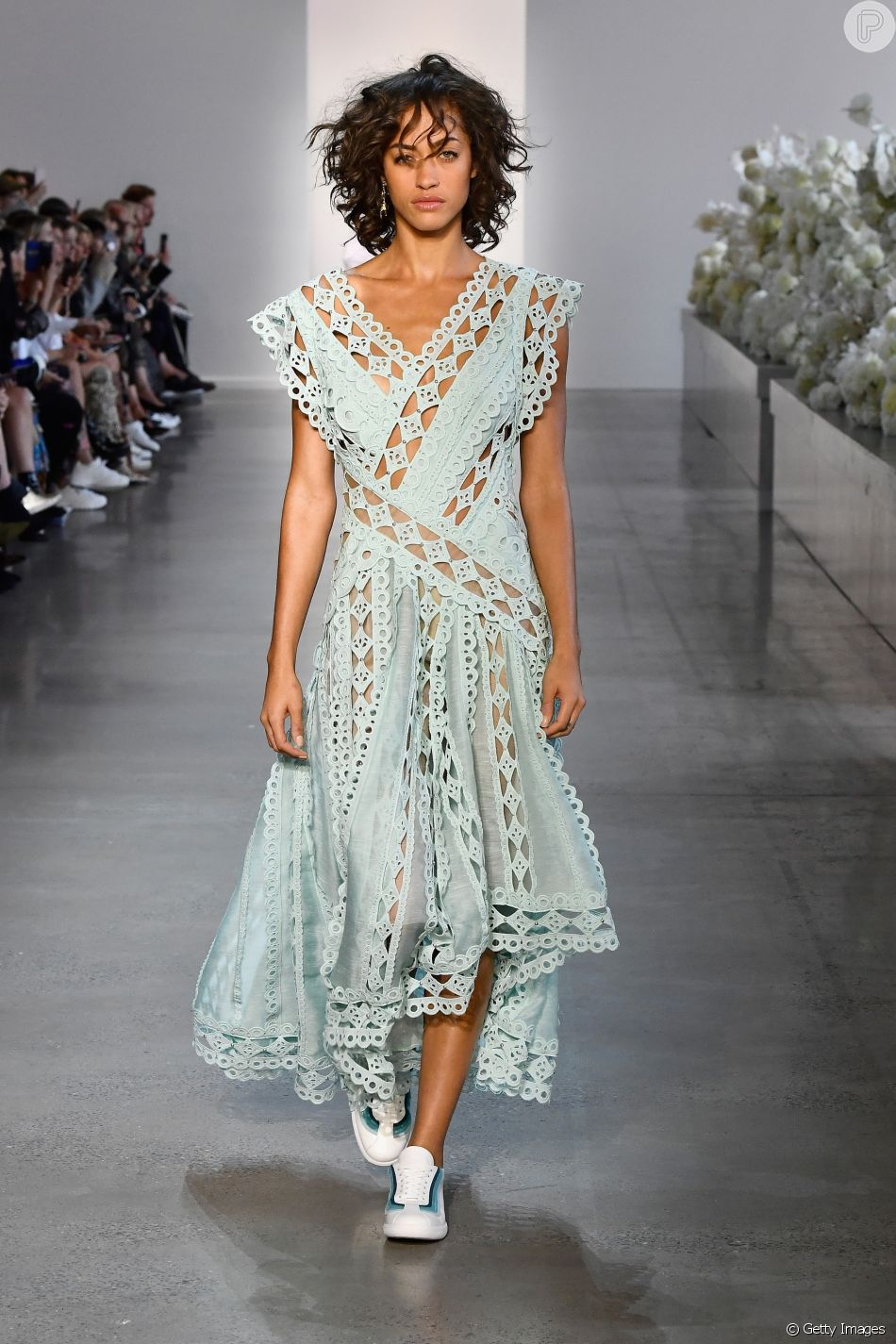 Os vestidos que você vai querer usar neste verão. Estilo feminino e boho é  aposta 6f2273c998