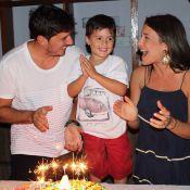 Juliana Knust comemora 4 anos do filho, Matheus: 'Bolinho com a família'