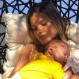 Andressa Suita  detalhou rotina com dois bebês pequeno em casa