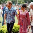 Para discurso em Fiji, Meghan Markle usou look florido inspirado em Frida Khalo