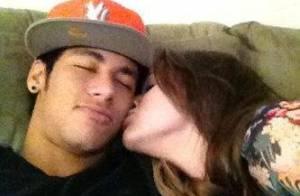 Fãs de Neymar pedem, pelo Twitter, que Bruna Marquezine cuide bem do jogador