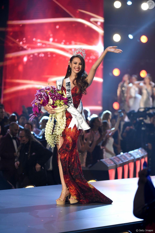 A Modelo Catriona Gray De 24 Anos Representante Das Filipinas Foi Vencedora