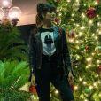 Os fãs de Paula Fernandes elogiaram o estilo da cantora na web