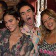 Bruna Marquezine está aproveitando diferentes festas em Fernando de Noronha