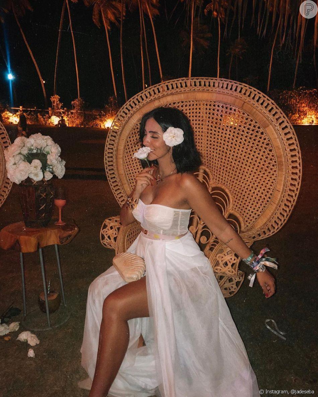 Looks com fendas: Jade Seba