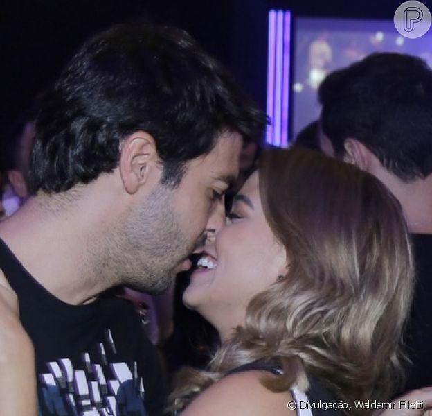 Carol Dias postou sua primeira foto com Kaká após anúncio de noivado, neste sábado, 5 de janeiro de 2019: 'Meu noivo'