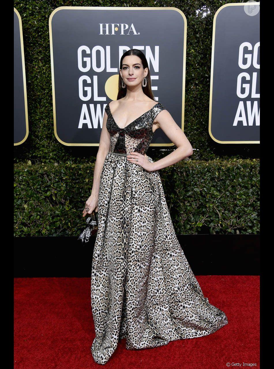 O Vestido Em Animal Print Foi A Escolha De Anne Hathaway