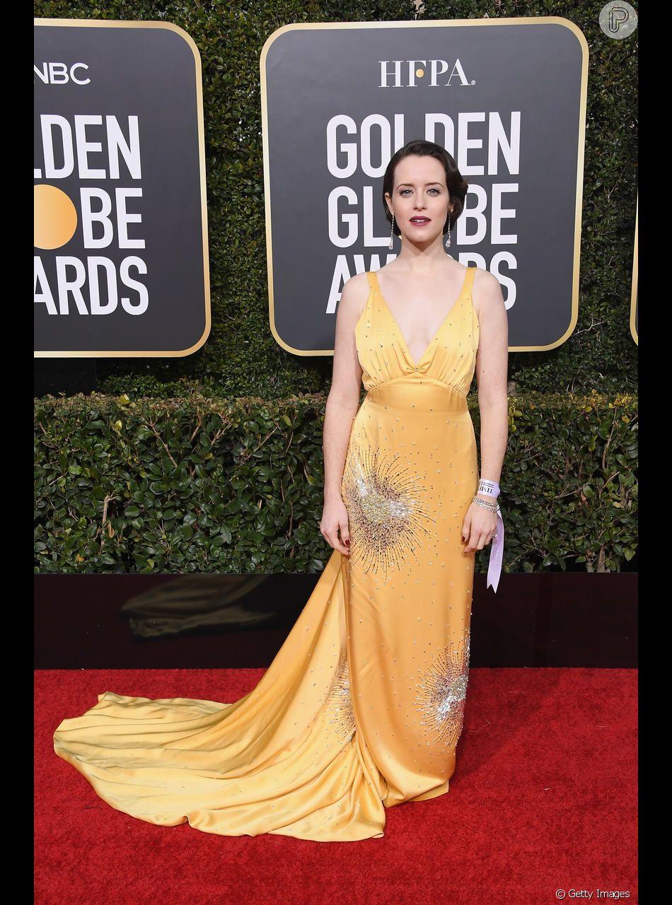 Claire Foy, da série The Crown, escolheu o amarelo para o Globo de Ouro 2019
