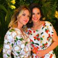 Bruna Marquezine posa de biquíni fio-dental em foto com Giovanna Ewbank e fãs vibram: 'Lindas'