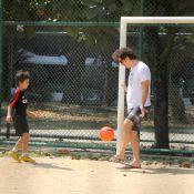 Wagner Moura joga futebol e se diverte no pula-pula com os filhos no Rio