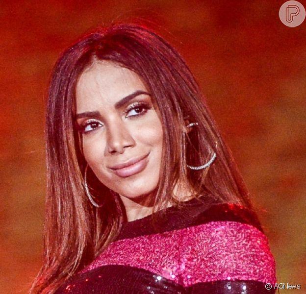 Tá namorando! Anitta confirmou relacionamento com o produtor de eventos Ronan Carvalho neste domingo, 20 de janeiro de 2019