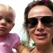 Manuela pede fruta e manda beijo em vídeo de férias da mãe, Eliana: 'Adora uva!'