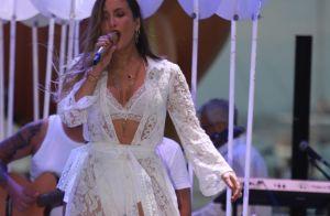Claudia Leitte aposta em look total white de renda para show na BA: 'Quero mais'