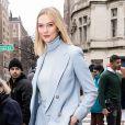 Moda de rua na NYFW: a modelo Karlie Kloss após o desfile de Primavera / Verão de Ralph Lauren