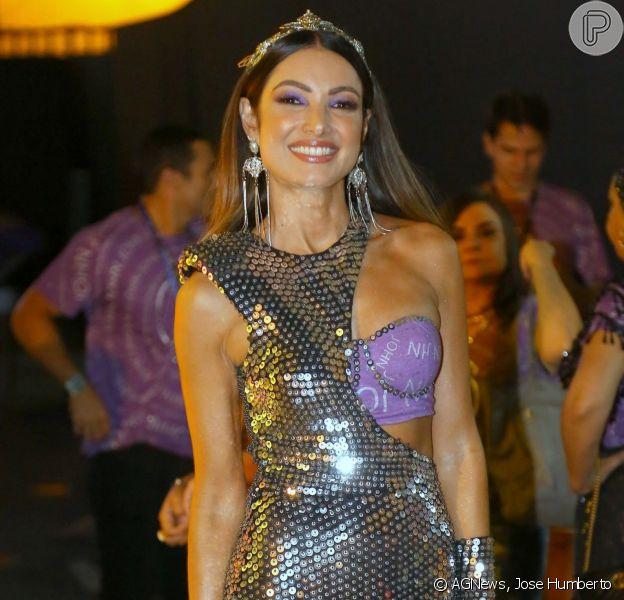 Patricia Poeta foi conferir o desfile das campeãs, no sábado (9), na Marquês de Sapucaí.