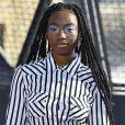 A marca portuguesa Marques'Almeida apostou na maquiagem com sombra azul bem esfumada na Semana de Moda de Paris