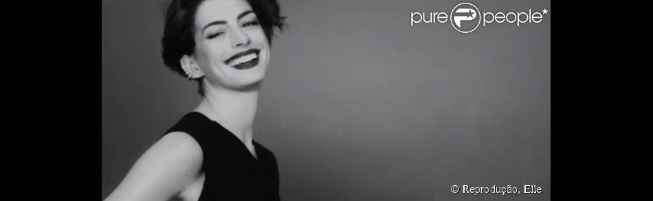 Anne Hathaway fez sucesso no filme 'O Diabo Veste Prada' e desabafa sobre fama: 'Me ferrou por um tempo'