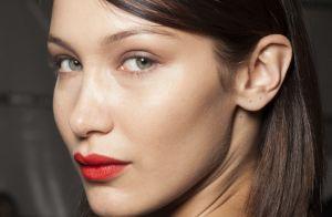 Batom vermelho: 10 fotos para te inspirar a usar e dicas para aplicar o item