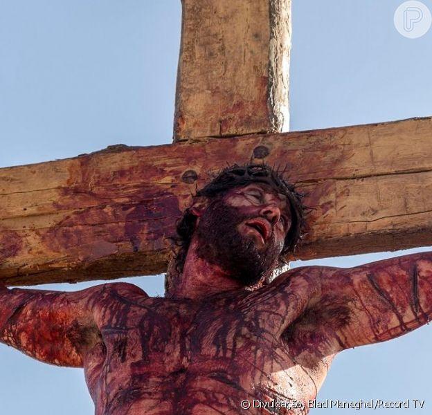 Na novela 'Jesus', Jesus (Dudu Azevedo) é crucificado e morre, a partir do capítulo de segunda-feira, 1º de abril de 2019
