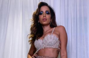 Mamãe sexy! Isis Valverde elege look com decote profundo para festa de Anitta