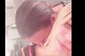 Marilia Mendonça tem cabelo zoado pela mãe após shows: 'Linda nas fotos'