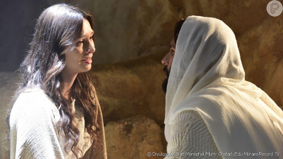 Na novela 'Jesus', após aparecer para Madalena (Day Mesquita), Jesus (Dudu Azevedo) sopra na direção dos apóstolos para eles receberem o Espírito Santo no capítulo de segunda-feira, 8 de abril de 2019