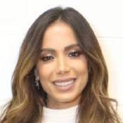 Anitta passa por situação inusitada em festa para lançar 'Kisses' nos EUA. Vídeo