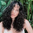 Débora Nascimento predende falar mais sobre maternidade em seu Instagram