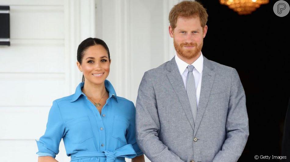Meghan Markle e Príncipe Harry anunciam o nascimento do baby Sussex