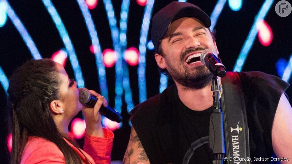 Maiara, da dupla com Maraisa, recebeu o namorado, Fernando Zor, em show em Maringá, no Paraná, neste domingo, 12 de maio de 2019
