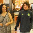 Tereza Seiblitz e o filho Juliano Seiblitz são muito parecidos