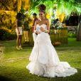 Em 'Mister Brau', o vestido de noiva usado por Thaís Araújo era repleto de camadas na saia