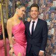 Wesley Safadão tem ajuda da mulher, Thyane Dantas, ao escolher looks
