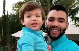 Gusttavo Lima chega de surpresa em festa e presenteia filho de 2 anos. Vídeo!