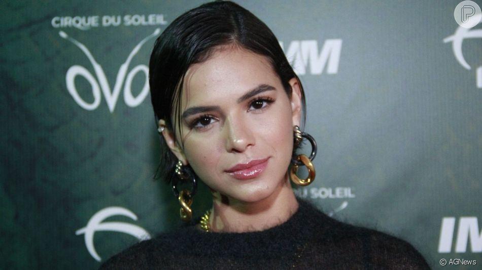 Bruna Marquezine sofre com terremoto em Los Angeles, nos Estados Unidos, nesta sexta-feira, dia 05 de julho de 2019